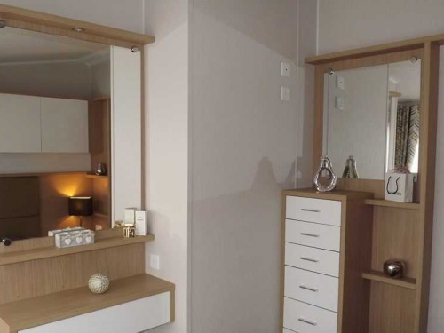Inside the Willerby Linear show home pic9
