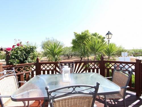 Cosalt Monaco Delux mobile home in Spain 4LP pic 3