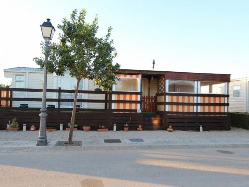 WILLERBY LYNDHURST MOBILE HOME IN SPAIN 45LP 01