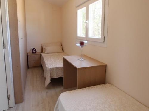 THE SAN JORDI PARK LODGE MOBILE HOME IN SPAIN 10