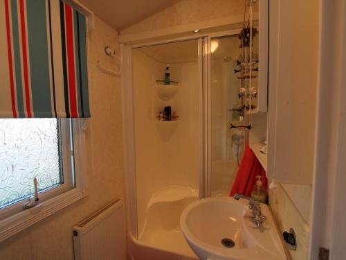 WILLERBY LYNDHURST MOBILE HOME IN SPAIN 45LP 12