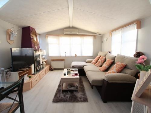 WILLERBY LYNDHURST MOBILE HOME IN SPAIN 45LP 04
