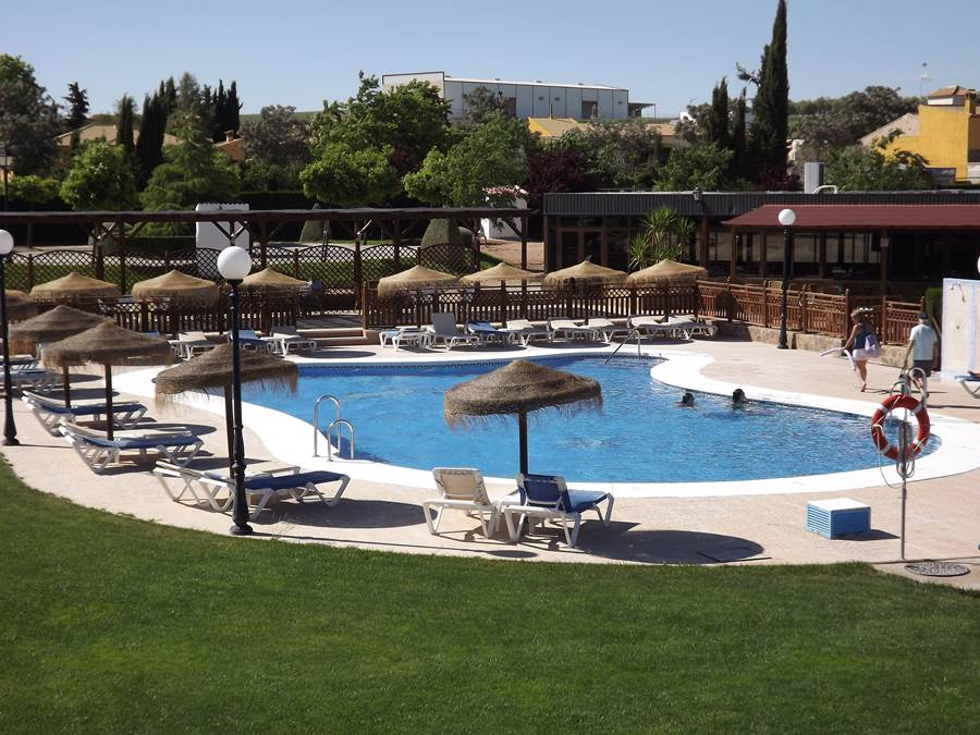 Park La Posada mobile home park in Spain pool