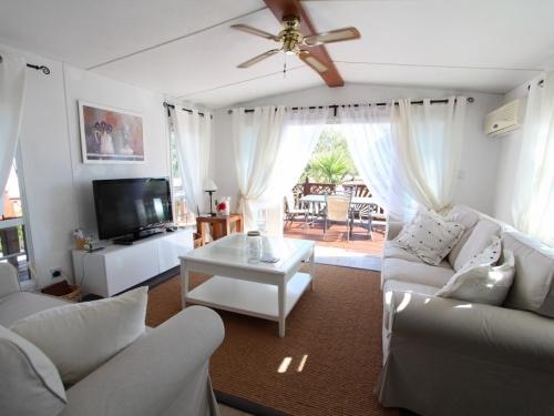Cosalt Monaco Delux mobile home in Spain 4LP pic 5