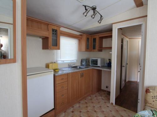 ABI Brisbane mobile home kitchen