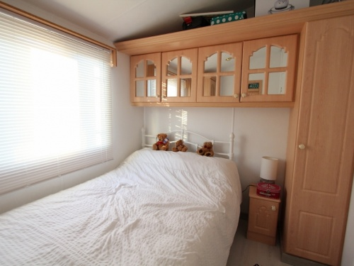 WILLERBY LYNDHURST MOBILE HOME IN SPAIN 45LP 09